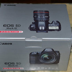 Canon EOS 5D Mark IV ...2